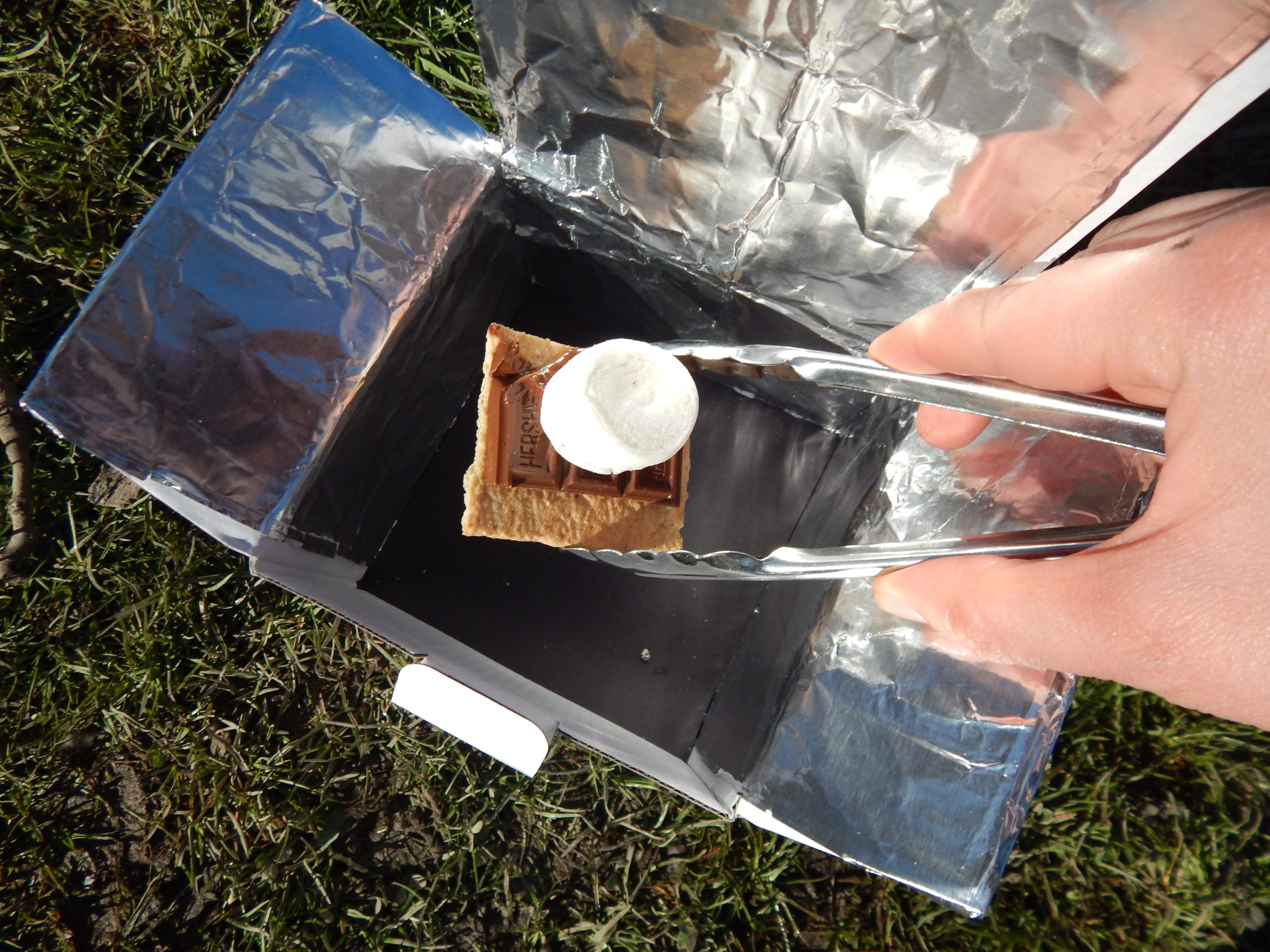 procedural 11 SUNSHINE take out Smores scaled - Solar Oven